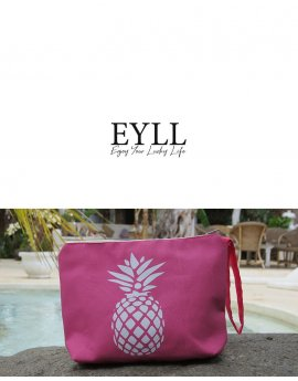PIÑA BEACH CLUTCH BAG